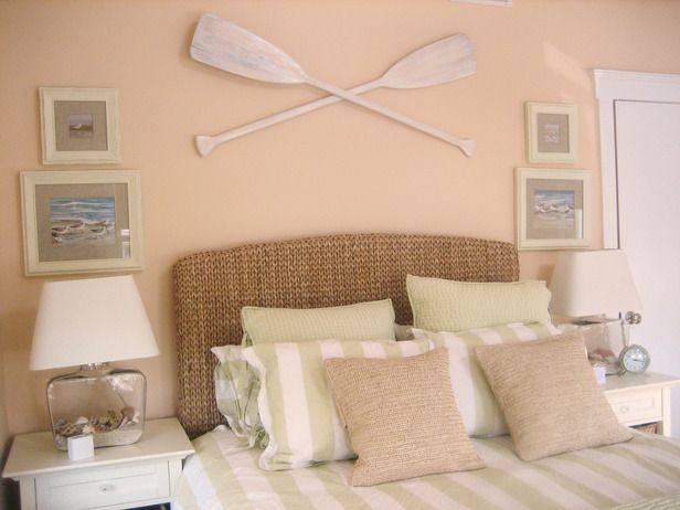 RMS user Beachyone wanted guests to be surrounded by the soothing feel of the ocean both indoors and out. The guest bedroom at this beachfront home was turned into a vacation oasis with a pastel color scheme of green, peach and white, and accessorized with wicker baskets, marine life prints and dark Roman shades to keep out the sun for afternoon naps.