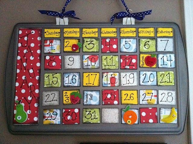 Magnetic Cookie Sheet Calendar--This is so freakin' cute!! LOVE IT!