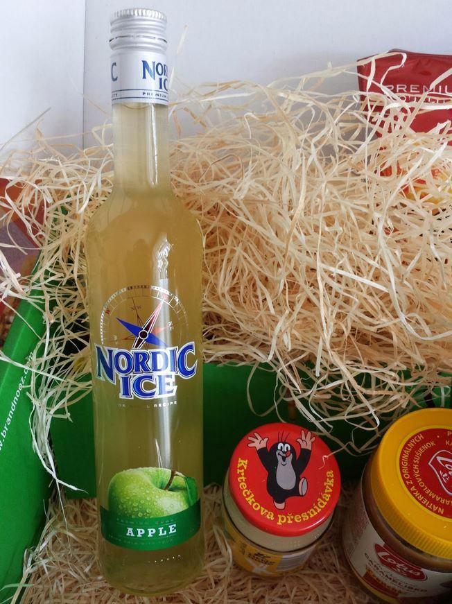 Nový nízkoprocentní alkoholický nápoj Nordic Ice Jablko