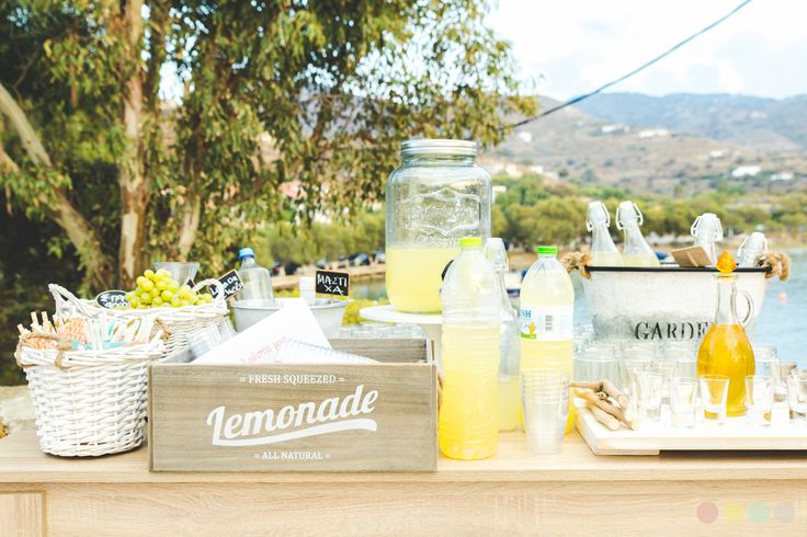 Lemon stand @Agios Sostis, Kea, Greece