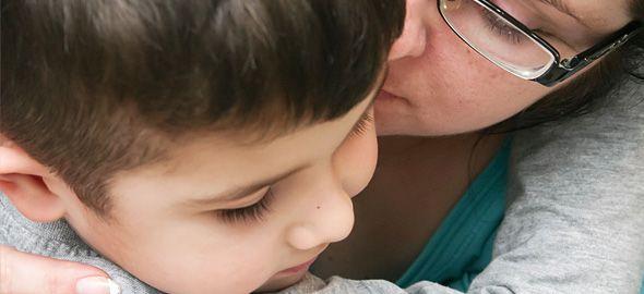 Λέγεται «καθοδήγηση», είναι το αντίθετο της τιμωρίας και έχει πολύ πιο ουσιαστικά αποτελέσματα, καθώς στοχεύει στο να μάθει το παιδί σας πώς να συμπεριφέρεται σωστά, με βασικό οδηγό την αγάπη.