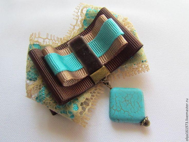 Купить Брошь БИРЮЗА в шоколаде - бирюза, шоколад, репсовые ленты, брошь ручной работы, кружево