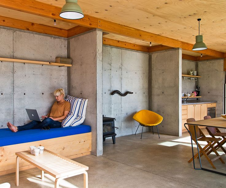 Three enterprising youngsters throw in their desk jobs todesign and build a house on a steep Whanganui hillside  It reads likes something Enid Blyton would have written, had she substituted curious and adventurous children for curious and adventurous 20-something architecture graduates. Throwing in their desk-bound jobs, these three enterprising youngsters designed a small, thrifty …