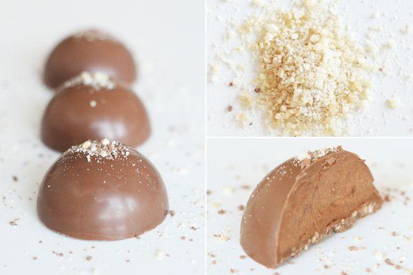 Fyldt chokolade med mousse og praline