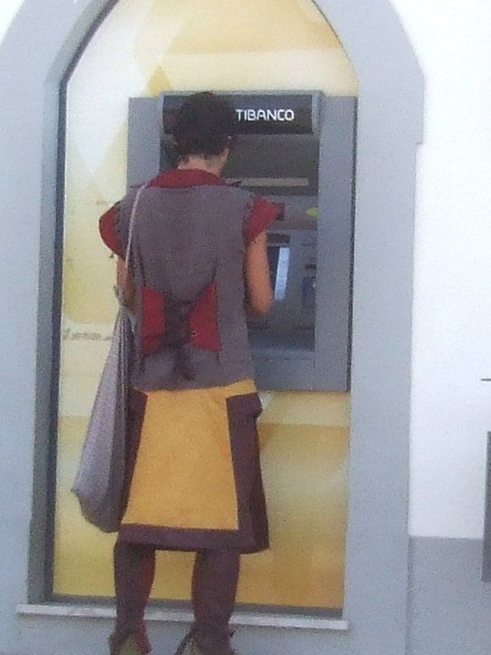 Medieval man at gets his money!!! #castromarin #portugal