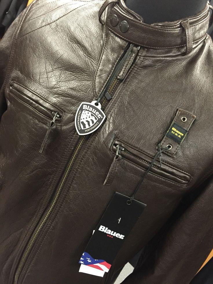 Ultimo pezzo in taglia XL colore moro di questa bellissima giacca in pelle Blauer. Prezzo 599.00 €, vestibilità slim.   #blauer #torino #abbigliamento http://p.nembol.com/p/7kFRmrsM-/Blauer-Giacca-in-pelle-Blauer-moro-taglia-XL Published via Nembol app