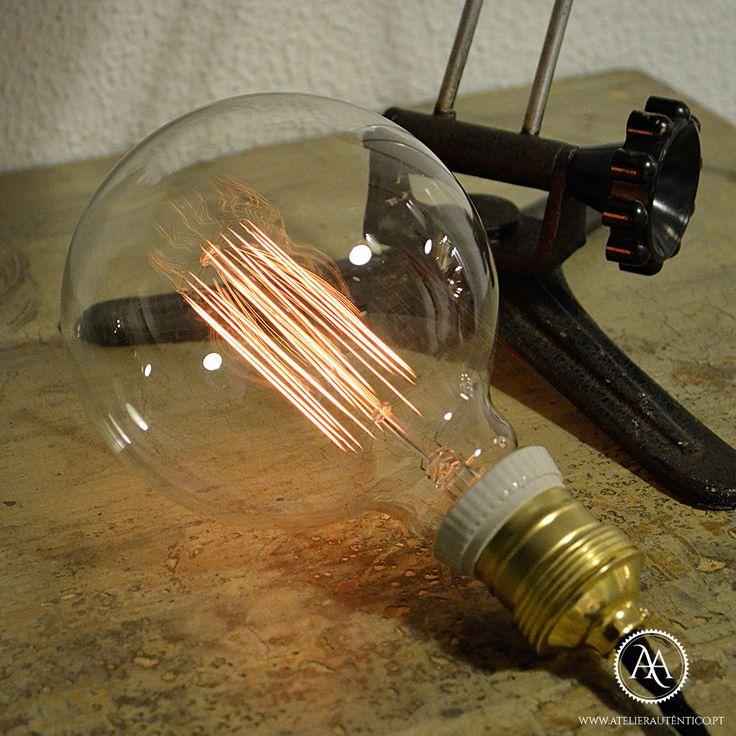 http://www.atelierautentico.pt/collections/iluminacao/products/lampada-de-filamento-globo-grande
