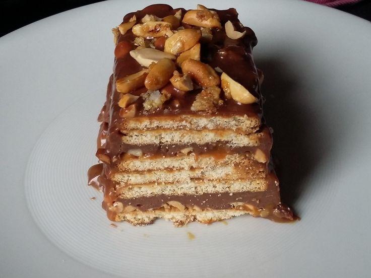 1000 id 233 es sur le th 232 me recettes de g 226 teau snicker sur g 226 teau au chocolat caramel