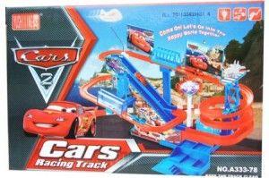 125.000 track cars terdiri dari 5 mobill siap untuk meluncur ke bawah,track berputar dan bisa naik lagi ke atas..di lengkapi juga dengan suara dan lampu.Menggunakan 3 buah baterai ukuran AA. Volume 2 kg.