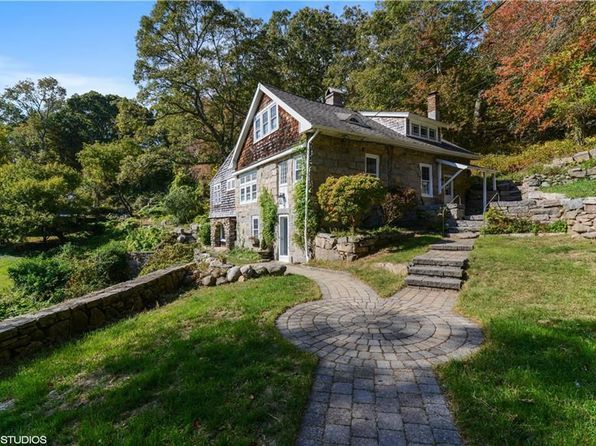 Zillow Has 190 Homes For Sale In South Kingstown Ri View Listing