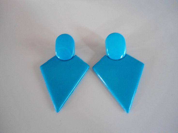 Mooie blauwe vintage klipoorbellen, jaren 80 stijl. door SammiesVintage op Etsy