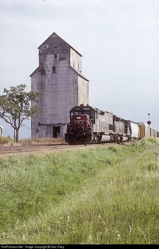 RailPictures.Net Photo: SSW 6889 St. Louis Southwestern (Cotton Belt) EMD SD45T-2 at Ballard, Illinois by Dan Tracy