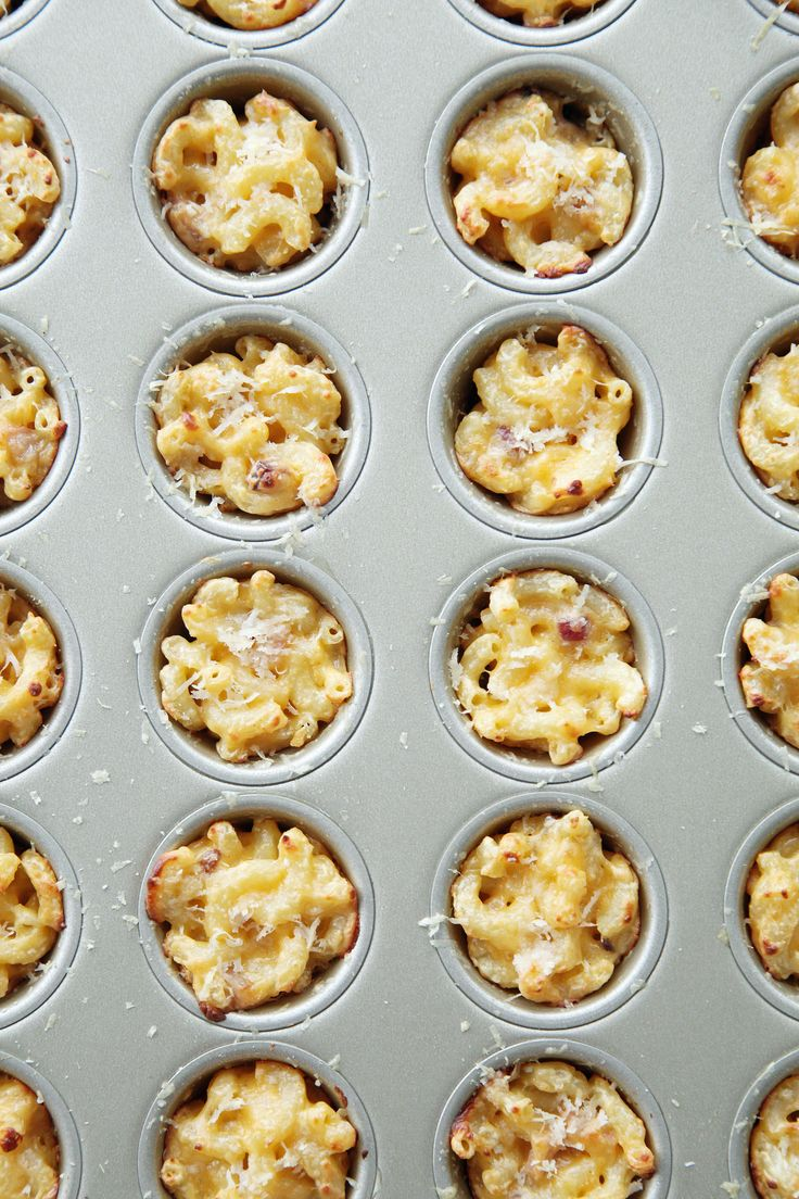 The Easy 4-Ingredient Mac and Cheese Cupcakes Giada De Laurentiis Swears By