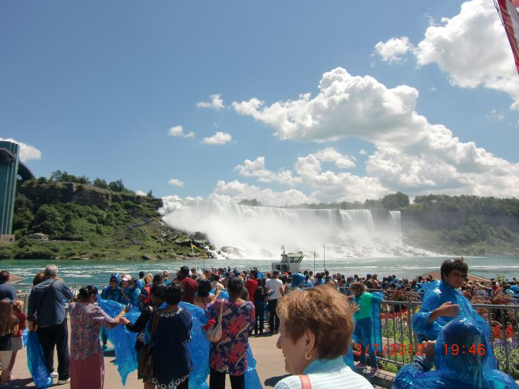Waiting for Maid of the Mist | 1