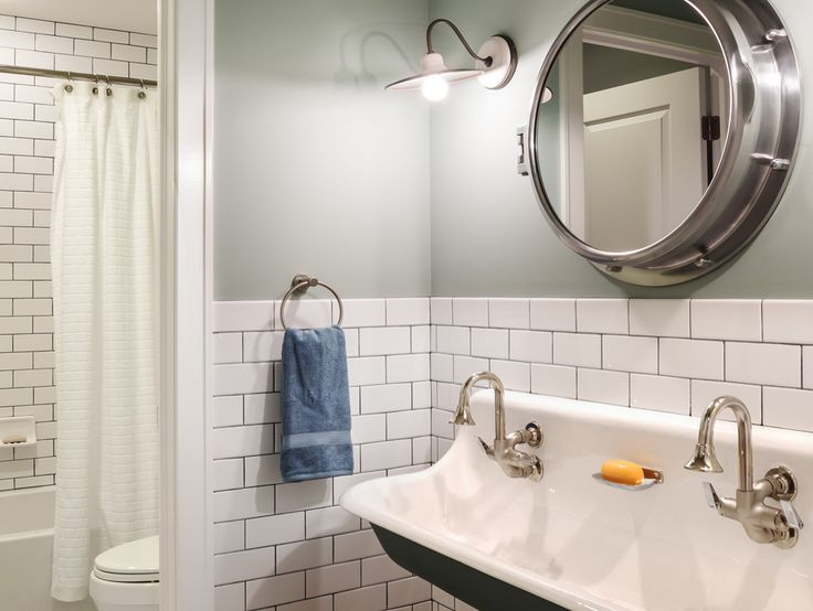 63 best flipping out jeff gage images on pinterest for Jeff lewis bathroom design ideas