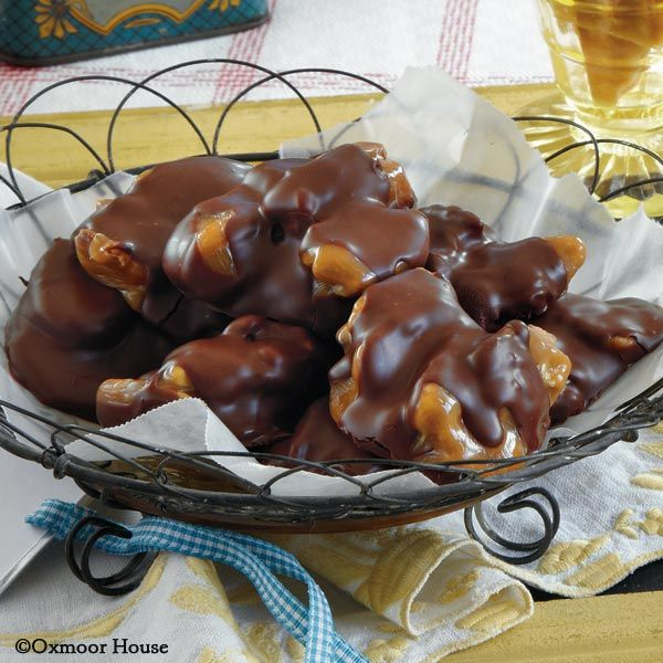 Gooseberry Patch Recipes: Pecan Turtles from Gifts from the Kitchen Cookbook.