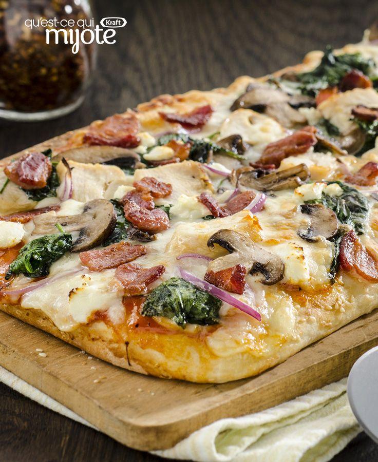 Pizza au poulet, au bacon, aux épinards et aux champignons #recette