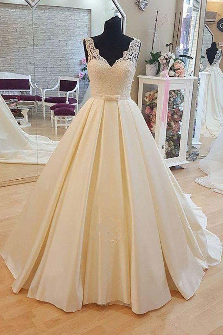 Beautiful ivory lace chiffon prom gown wedding dress