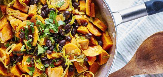 Zoete aardappelcurry met boontjes
