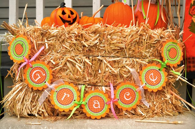 Decorations at a Halloween Party #Halloween #party