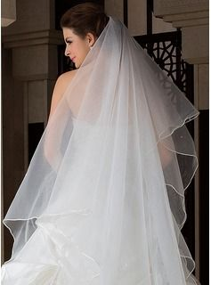 One-tier Cathedral Bridal Veils With Scalloped Edge (006036666) - JJsHouse