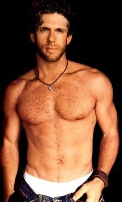 "My Billy Currington...""must be doin' something right""... yes Billy, yes you are."