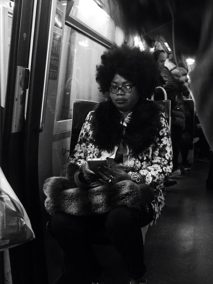 Metro parisien, photo prise par Valérie Coutrot.