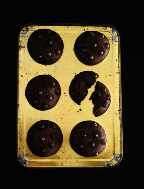 La asaltante de dulces: Receta de galletas chocolate total/ Super chocolate cookies recipe. Yummmy!!