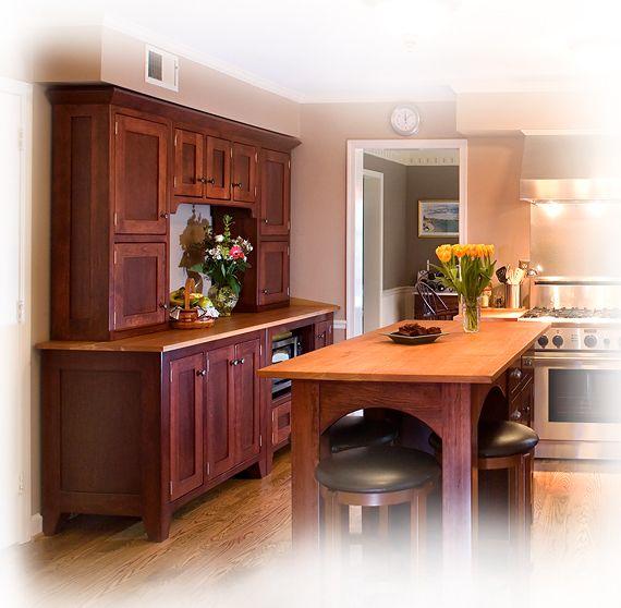 Kitchen Cabinets Look Like Furniture