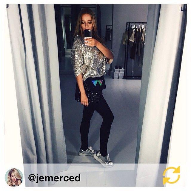 Jessica Mercedes z etui na iPhone IPHORIA
