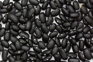 Hamburgers van zwarte bonen en cashewnoten