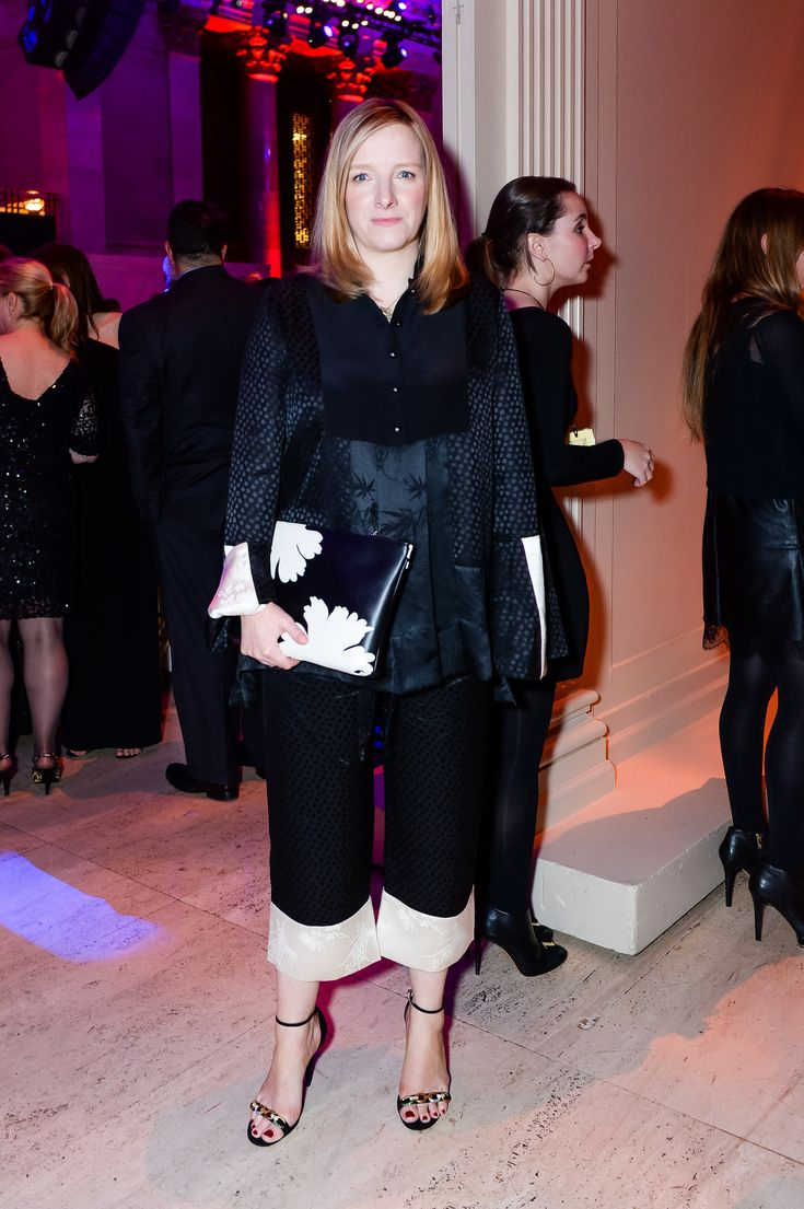 Scoop: Sarah Burton Reportedly in Talks with Christian Dior - Daily Front Row - http://fashionweekdaily.com/scoop-sarah-burton-reportedly-talks-christian-dior/