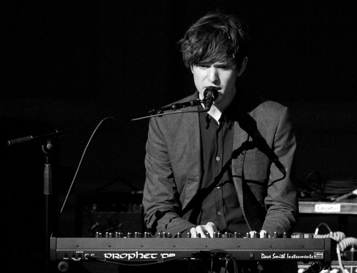 .@James Barnes Blake Remixes @Emre Baran Tiren Under Harmonimix Moniker http://shar.es/FtjkQ via @BeaconDailyBeat #DailyBeat