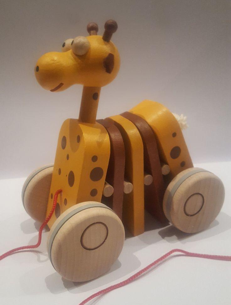 Giraffe click-clack pull along