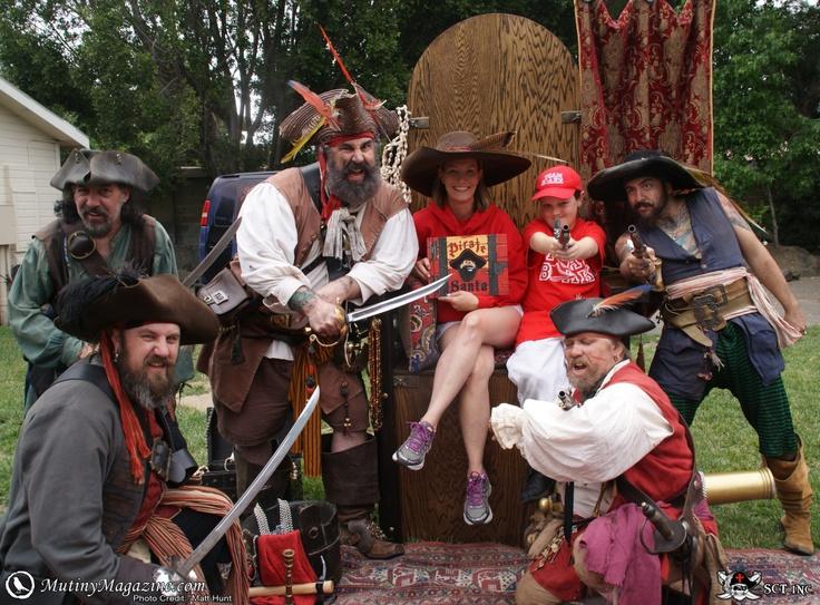Pirate Santa crew www.piratesanta.com