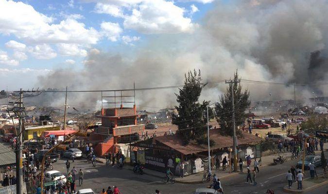 Últimas noticias de México hoy: al menos 31 muertos y decenas de heridos por explosión en mercado de pirotecnia en Tultepec