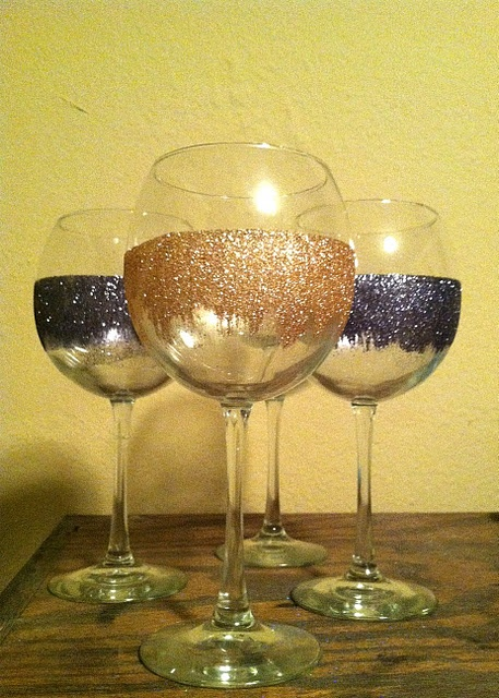 The Sasse Life: Glitter Wine Glasses I did these for a bridal