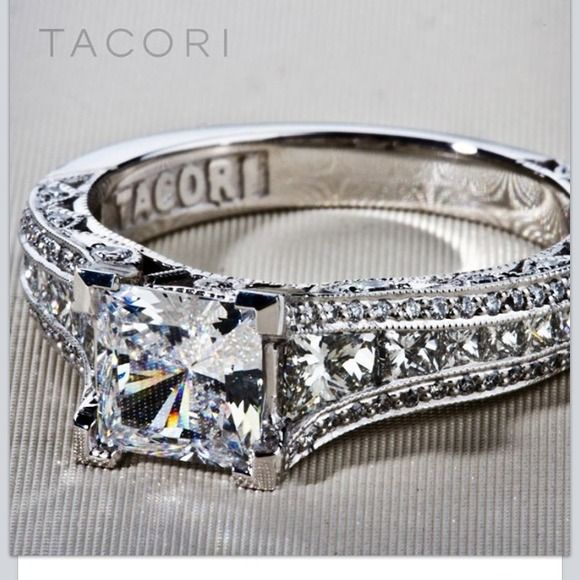 🙏 this beautiful ring Looking for this ring Tacori jewelry Jewelry Rings