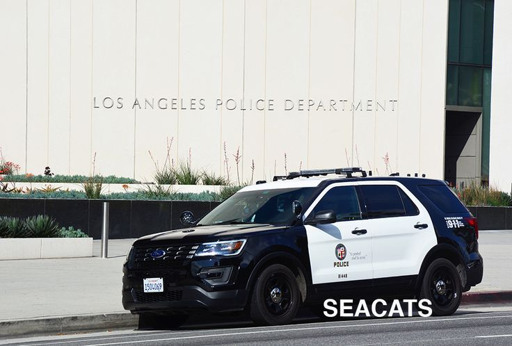 https://flic.kr/p/T4CPoc   Los Angeles Police Department (LAPD) Ford Interceptor (Explorer) before the LAPD Los Angeles Police Department (LAPD) Ford Interceptor (Explorer) before the LAPD headquarters