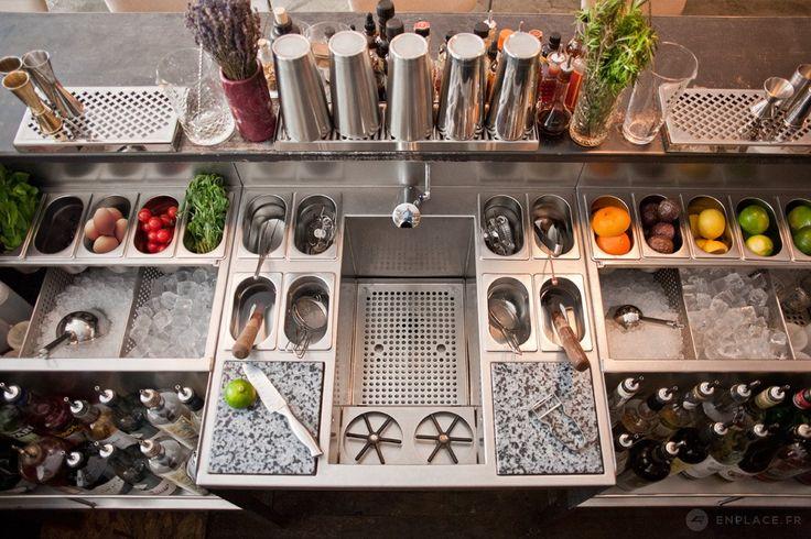 Conception double stations de travail en inox - Bespoke Cocktails Bar
