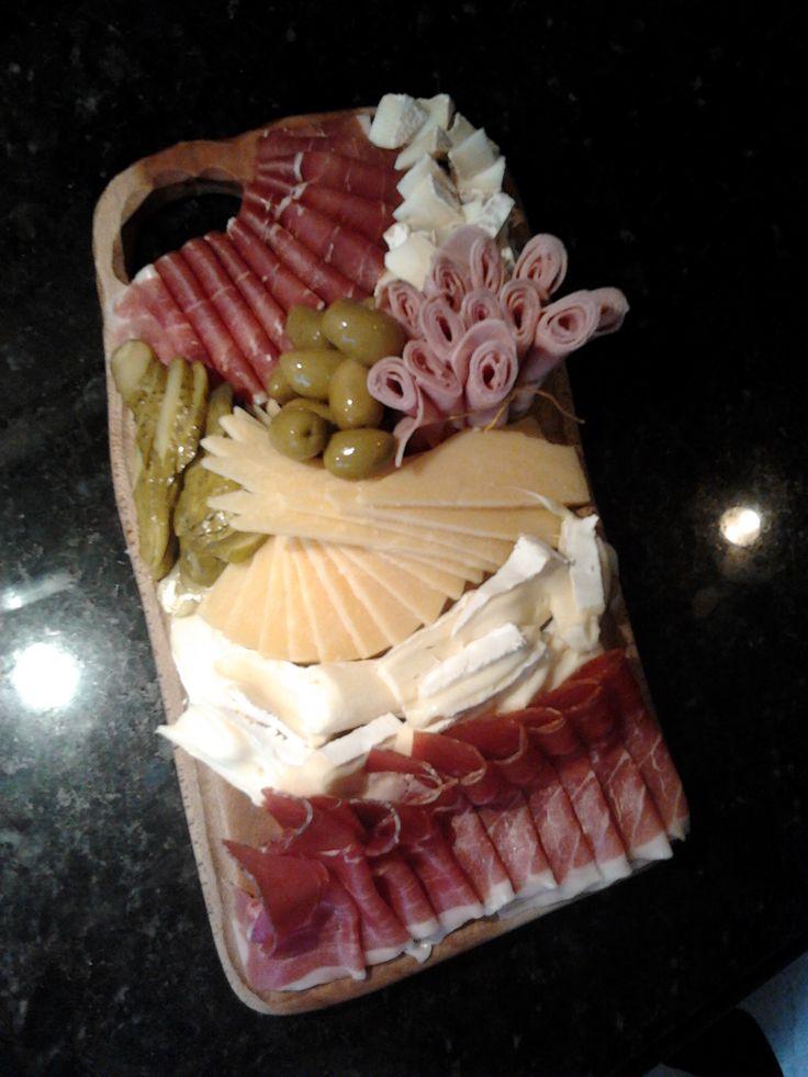 T2 Tabla de queso y fiambre.