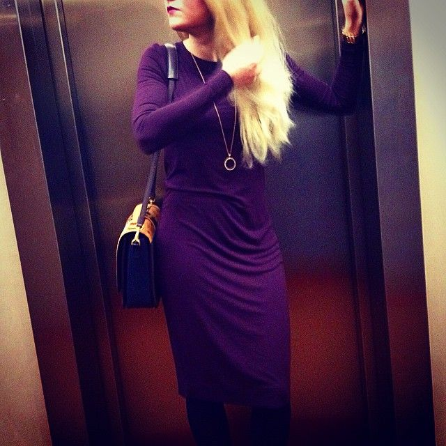 """Last Evening in Paris #ootd #outfitoftheday #fashion #fashionista #fashionlover #pencildress #dress #bag #mcm #jewelery #redlips #followme #swag #follow…"""