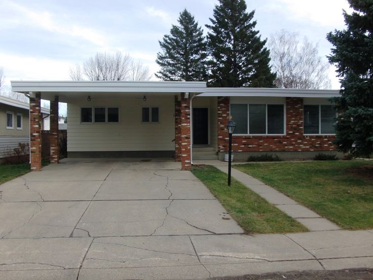Rock solid custom built bungalow. One of a kind original, loaded with upgrades. Incredibly open, spacious & vaulted. 4 beds, 3 baths, 3 family rooms, Gorgeous chef sized kitchen, HUGE- DRY basement, Cinder block fence, East facing covered back deck, park like yard with RV parking. Prestigious Southside Neighbourhood. Fantastic cul-desac location. Close to all amenities.  $369,900.00 MLS# LD0049840 SOLD!