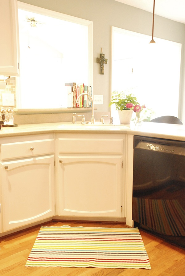 title | Corner Kitchen Rug Sink