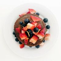 Eat Pretty: Saturday Morning Blueberry Pancakes