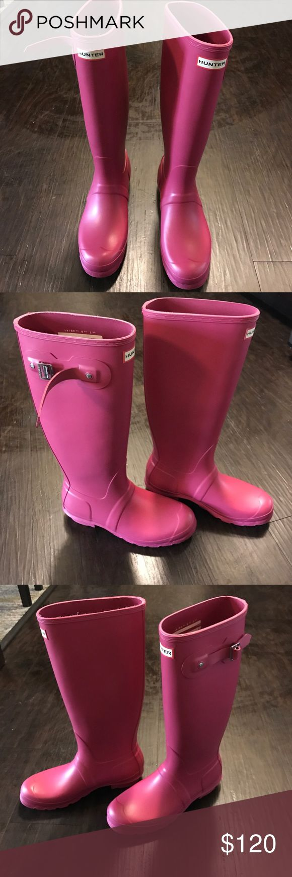 Hunter tall original Matt pink rain boot Have been wore a few times, freshly cleaned and in great condition. Pictures of minor marks. No box no trades Hunter Boots Shoes Winter & Rain Boots