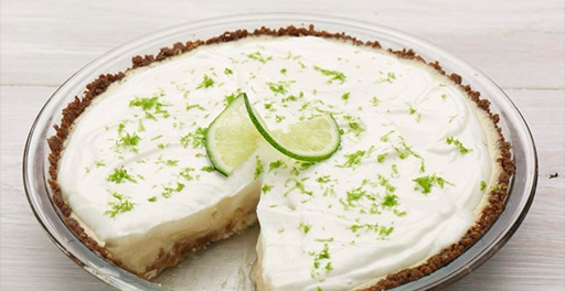 Key Lime Pie- only 350 calories.  Made with chobani yogurt.    The whole site has tons of recipes!!: Chobani Yogurt, Desserts Recipes, Easy Keys, Keys Limes, No Baking Desserts, Limes Pies, Eggs Yolks, Condensed Milk, Greek Yogurt