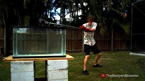 TheBackyardScientist  Pouring Molten salt into Water - Explosion!