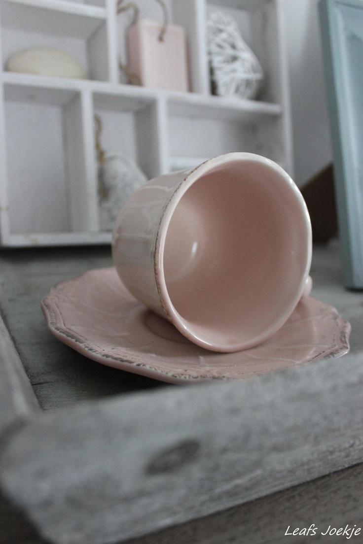 roze brocante kop en schotel