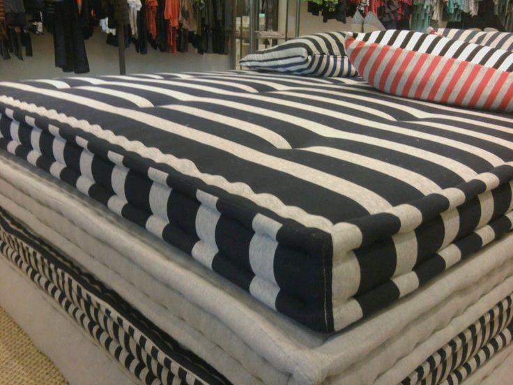 Oversized Floor Pillow Pattern